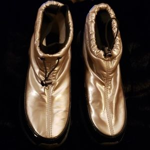 Sporto COld Shoes Gold and Black Sexy